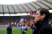Calcio, Serie A: Roma-Genoa. Roma, stadio Olimpico, 12 gennaio 2014.<br /> AS Roma coach Rudi Garcia, of France, looks on prior to the start of the Italian Serie A football match between AS Roma and Genoa, at Rome's Olympic stadium, 12 January 2014. <br /> UPDATE IMAGES PRESS/Riccardo De Luca