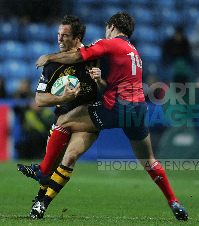 WASPS V MUNSTER 10/11/07 HEINEKEN CUP RD1.PIC:PETER TARRY.FRASER WATERS-WASPS & BRIAN CARNEY-MUNSTER