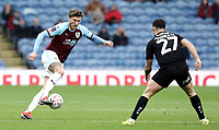 Burnley's Jeff Hendrick controls under pressure from Barnsley's Alex Mowatt<br /> <br /> Photographer Rich Linley/CameraSport<br /> <br /> Emirates FA Cup Third Round - Burnley v Barnsley - Saturday 5th January 2019 - Turf Moor - Burnley<br />  <br /> World Copyright &copy; 2019 CameraSport. All rights reserved. 43 Linden Ave. Countesthorpe. Leicester. England. LE8 5PG - Tel: +44 (0) 116 277 4147 - admin@camerasport.com - www.camerasport.com