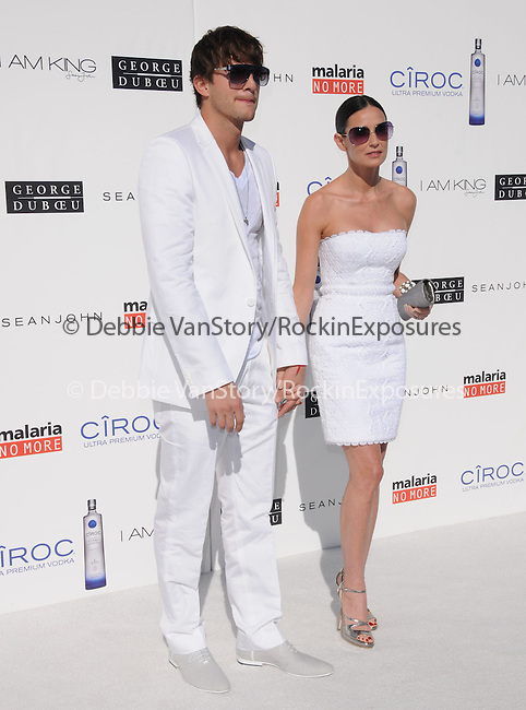 Ashton Kutcher & Demi Moore Kutcher  at The White Party presented by P-Diddy ,Ashton Kutcher & Malaria No More held at  private Estate in Cold Water Canyon, California on July 04,2009                                                                   Copyright 2009 DVS / RockinExposures