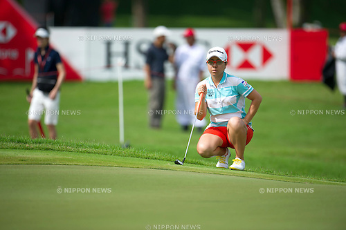 Mika Miyazato (JPN),.MARCH 3, 2013 - Golf :.Mika Miyazato of Japan lines up during the final round of the the HSBC Women's Champions golf tournament at Sentosa Golf Club in Singapore. (Photo by Haruhiko Otsuka/AFLO)