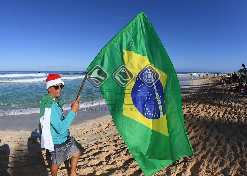 Brazil fan.<br /> 2017 Billabong Pipe Masters, Oahu, Hawaii, USA. World Surf League (WSL). Monday 18 December 2017. &copy; Copyright photo: Andrew Cornaga / www.photosport.nz