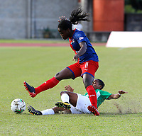 MEDELLÍN - COLOMBIA, 04-08-2019: Maria Helena Hurtado de Nacional disputa el balón con Yisela Cuesta del Medellín durante partido por la fecha 4 de la Liga Femenina Águila 2019 entre Atlético Nacional y Deportivo Independiente Medellín jugado en el estadio Metropolitano de Itagüi. / Maria Helena Hurtado of Nacional fights for the ball with Yisela Cuesta of Medellin during match for the date 4 of the Aguila Women League 2019 between Atletico Nacional and Deportivo Independiente Medellín played at Metropolitano stadium in Itagui. Photo: VizzorImage / Walter Uran / Cort
