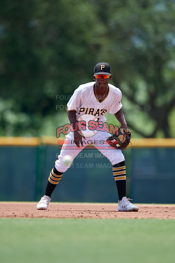 GCL Pirates shortstop Norkis Marcos (3) during a Gulf Coast League game against the GCL Braves on July 30, 2019 at Pirate City in Bradenton, Florida.  GCL Braves defeated the GCL Pirates 10-4.  (Mike Janes/Four Seam Images)