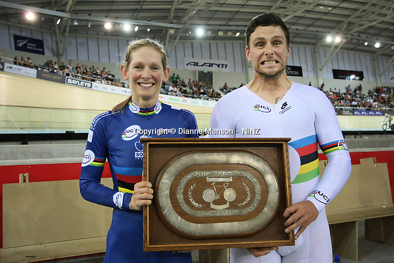 Southland's Erin Criglington and Eddie Dawkins with the overall points shield at the BikeNZ Elite & U19 Track National Championships, Avantidrome, Home of Cycling, Cambridge, New Zealand, Sunday, March 16, 2014. Credit: Dianne Manson