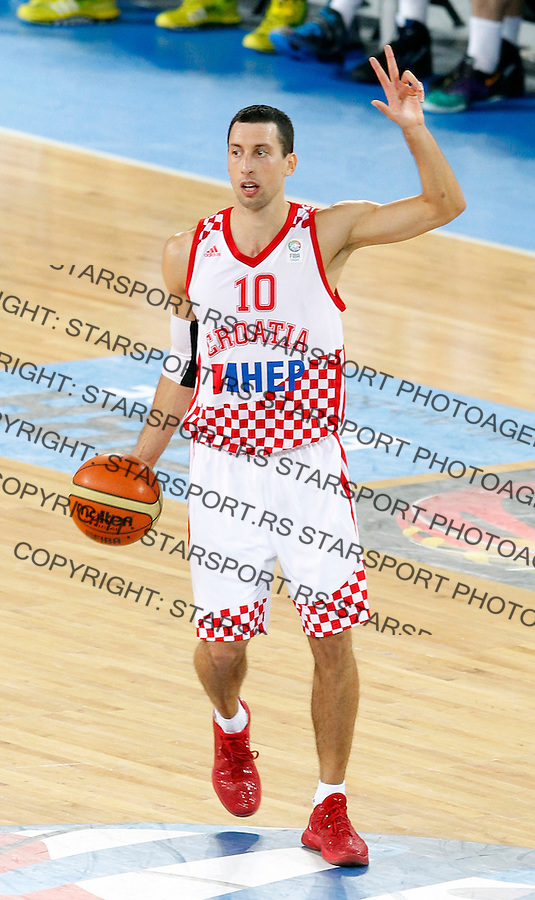 "Roko Leni Ukic of Croatia gestures during European basketball championship ""Eurobasket 2013"" quarter-final basketball game between Croatia and Ukraine in Stozice Arena in Ljubljana, Slovenia, on September 19. 2013. (credit: Pedja Milosavljevic  / thepedja@gmail.com / +381641260959)"