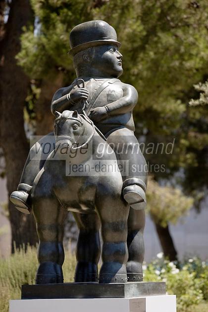 Asie/Israël/Judée/Jérusalem: Musée d'Israël -dans les jardins statue de Fernando Botero représentant un homme à cheval 1992