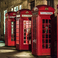 Le tradizionali cabine telefoniche di Londra<br /> <br /> The traditional call boxes in London.<br /> <br /> #6d, #buenavistaphoto, #canon, #everydayUk, #flaviogilardoni, #follow, #followme, #instagood, #nofilter, #photojournalism, #photooftheday #picoftheday #bestoftheday #instadaily<br /> <br /> #England, #GranBretagna, #GreatBritain, #Inghilterra, #London, #RegnoUnito, #uk #greaterlondon #londoncity #centrallondon #cityoflondon #londonuk #visitlondon, #UnitedKingdom<br /> <br /> #callbox #telephone #red #nightlight