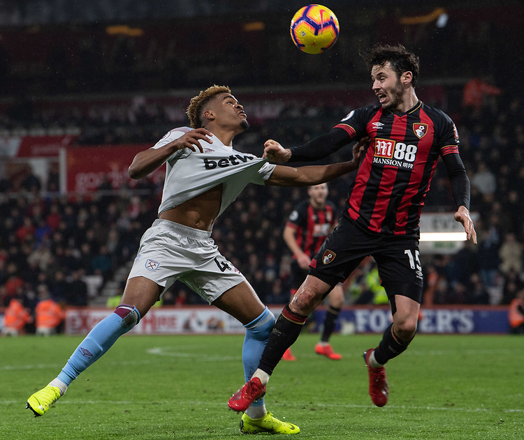 West Ham United's Fabian Balbuena (left) battles with Bournemouth's Adam Smith (right) <br /> <br /> Photographer David Horton/CameraSport<br /> <br /> The Premier League - Bournemouth v West Ham United - Saturday 19 January 2019 - Vitality Stadium - Bournemouth<br /> <br /> World Copyright © 2019 CameraSport. All rights reserved. 43 Linden Ave. Countesthorpe. Leicester. England. LE8 5PG - Tel: +44 (0) 116 277 4147 - admin@camerasport.com - www.camerasport.com