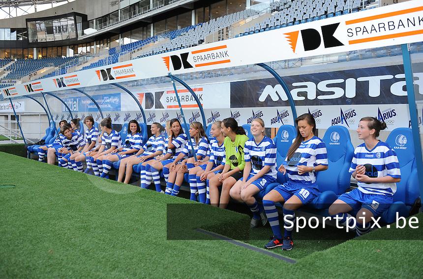 K AA Gent Ladies : speelsters op de bank<br /> foto Dirk Vuylsteke / nikonpro.be