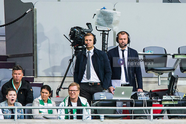 Stockholm 2014-06-18 Fotboll Superettan Hammarby IF - GAIS :  <br /> TV4 kommentatorer Martin &Aring;slund och Daniel Kristiansson p&aring; pressl&auml;ktaren i Tele2 Arena under matchen<br /> (Foto: Kenta J&ouml;nsson) Nyckelord:  Superettan Tele2 Arena Hammarby HIF Bajen GAIS portr&auml;tt portrait TV