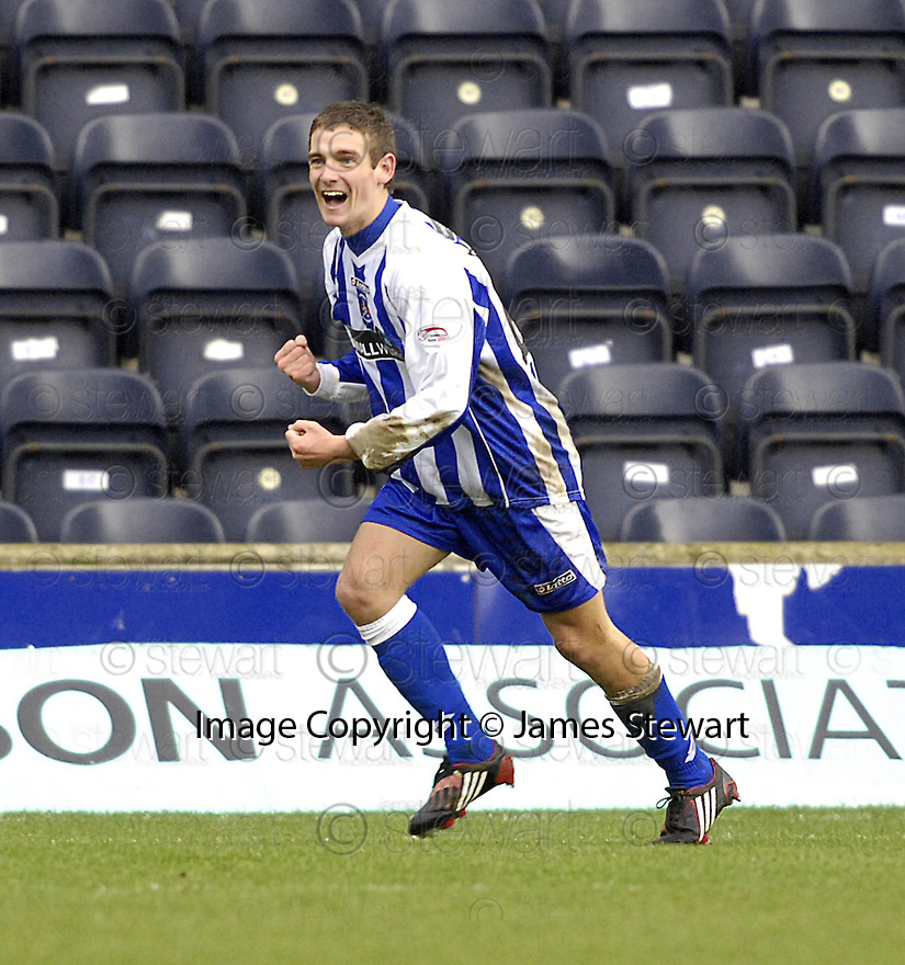 24/02/2008    Copyright Pic: James Stewart.File Name : sct_jspa02_kilmarnock_v_aberdeen.CRAIG BRYSON CELEBRATES AFTER HE SCORES KILMARNOCK'S FIRST.James Stewart Photo Agency 19 Carronlea Drive, Falkirk. FK2 8DN      Vat Reg No. 607 6932 25.Studio      : +44 (0)1324 611191 .Mobile      : +44 (0)7721 416997.E-mail  :  jim@jspa.co.uk.If you require further information then contact Jim Stewart on any of the numbers above........