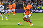 06.09.2019, Volksparkstadion, HAMBURG, GER, EMQ, Deutschland (GER) vs Niederlande (NED)<br /> <br /> DFB REGULATIONS PROHIBIT ANY USE OF PHOTOGRAPHS AS IMAGE SEQUENCES AND/OR QUASI-VIDEO.<br /> <br /> im Bild / picture shows<br /> <br /> Memphis DEPAY (Niederlande / NED #10)<br /> <br /> während EM Qualifikations-Spiel Deutschland gegen Niederlande  in Hamburg am 07.09.2019, <br /> <br /> Foto © nordphoto / Kokenge