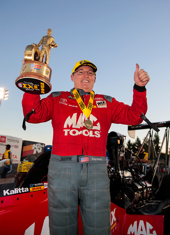 top fuel, Doug Kalitta, Mac Tools, victory, celebration, trophy