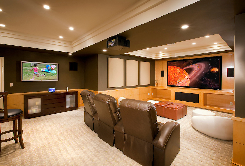 Simple Elegant Theater With LED Projector