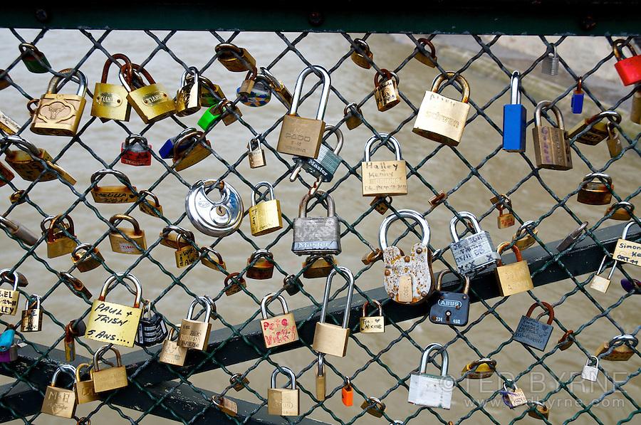 Love padlocks on the Pont des Arts