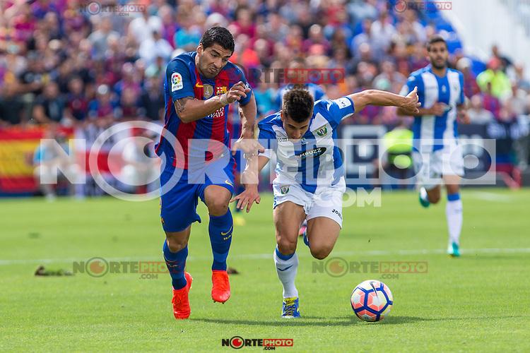 FC Barcelona's Luis Suarez Club Deportivo Leganes's Unai Bustinza  during the match of La Liga between Club Deportivo Leganes and Futbol Club Barcelona at Butarque Estadium in Leganes. September 17, 2016. (ALTERPHOTOS/Rodrigo Jimenez) /NORTEPHOTO