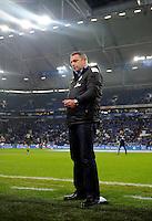FUSSBALL   1. BUNDESLIGA    SAISON 2012/2013    11. Spieltag   FC Schalke - 04 Werder Bremen                              10.11.2012 Manager Klaus Allofs (SV Werder Bremen) steht an der Seitenlinie der Veltins Arena auf Schalke