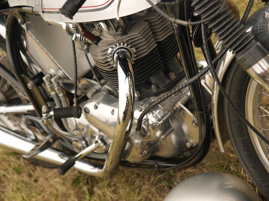 Motorbike Images, Motorbike Pictures, Old Motorbikes, Classic Motorbikes, Photos of Motorbikes, Photos of Motorcycles, Old Motorcycles, Classic Motorcycles, Motorcycle Images, Motorcycle Pictures, Images of Motorbikes, Images of Motorbikes, Pictures of Motorbikes, Pictures of Motorcycles, Motorbike Pictures, peter barker, pete barker, imagetaker1, imagetaker!,  Rides,Norton 750cc Motorbikes - 1960,Norton 750cc Motorbikes,Norton Motorbikes, Norton Motorbikes, Norton 750cc Motorbike Engines, Norton Motorcycle Engines,