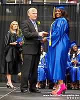 5 DIPLOMAS - La Vega graduation
