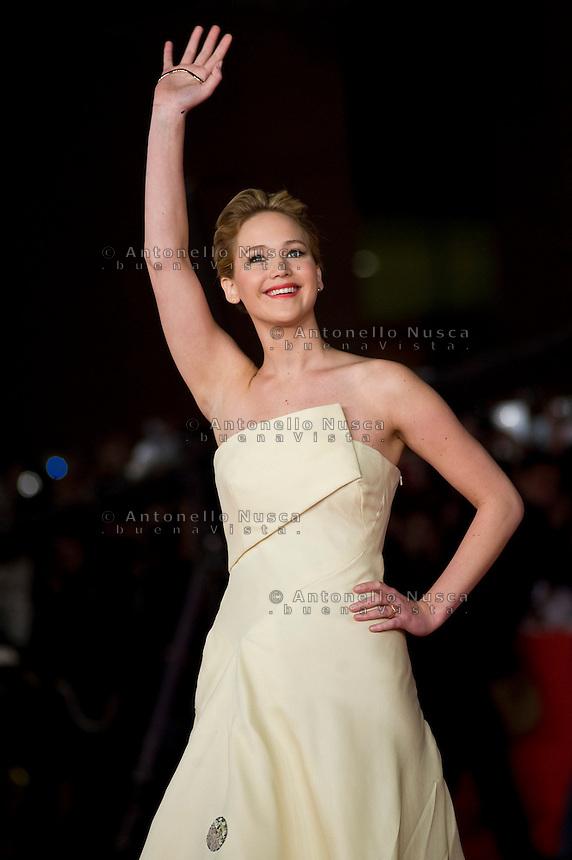 Jennifer Lawrence al suo arrivo al red carpet del Festival del cinema di Roma per la prima del film The Hunger Games: Catching Fire. Jennifer Lawrence attends 'The Hunger Games: Catching Fire' Premiere during The 8th Rome Film Festival. (Antonello Nusca/ Polaris)