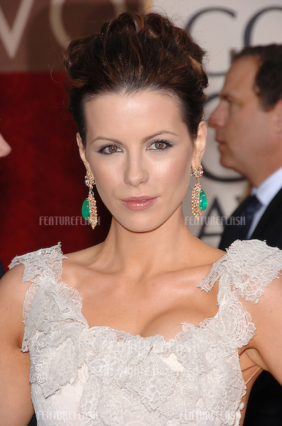 KATE BECKINSALE at the 63rd Annual Golden Globe Awards at the Beverly Hilton Hotel..January 16, 2006  Beverly Hills, CA.© 2006 Paul Smith / Featureflash