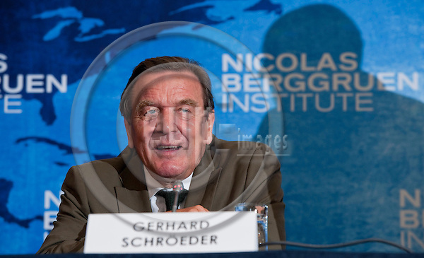 Brussels-Belgium - September 05, 2011 -- Press Conference held by NBI's Council for the Future of Europe (NBI: Nicolas Berggruen Institute); here, Gerhard SCHRÖDER (Schroeder, Schroder), Former Chancellor of Germany -- Photo: Horst Wagner / eup-images