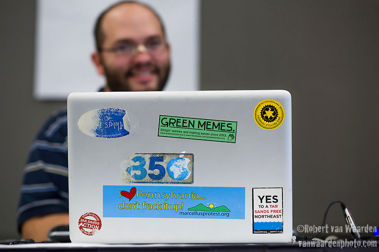 Joe and his laptop at Powershift in Pittsburgh, PA. USA. (Photo by: Robert van Waarden)