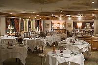 Europe/France/Rhone-Alpes/73/Savoie/Courchevel:  L' Hotel Les Airelles- la salle du restaurant de l'hôtel (pas le gastro tenu par P Gagnaire)