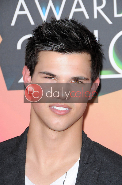 Taylor Lautner<br /> at the Nickelodeon's 23rd Annual Kids' Choice Awards, UCLA's Pauley Pavilion, Westwood, CA 03-27-10<br /> David Edwards/DailyCeleb.com 818-249-4998