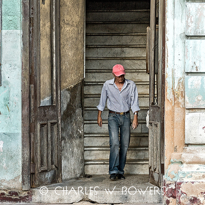 Faces Of Cuba - Going out to lunch<br />