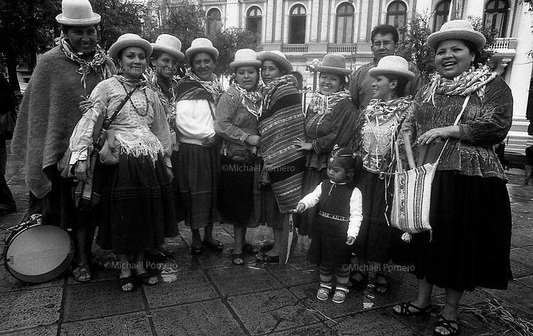 02.2010 La Paz (Bolivia)<br /> <br /> Photo de femmes d'une communauté indienne.<br /> <br /> Photography of women from indian community.