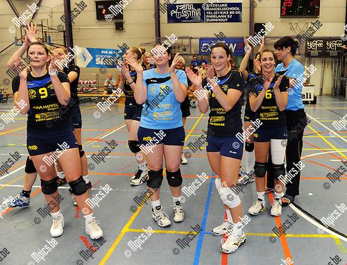 2011-04-23 / Volleybal / seizoen 2010-2011 / Beker van Antwerpen / Amigos won de finale van Mortsel..Foto: Mpics