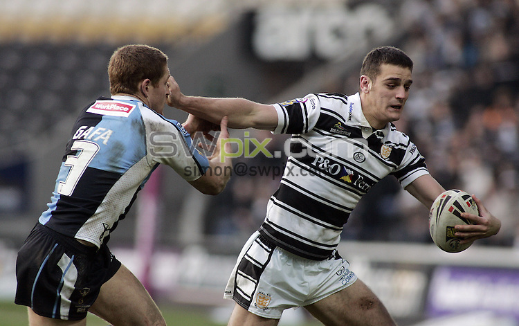 PICTURE BY VAUGHN RIDLEY/SWPIX.COM - Rugby League - Super League - Hull FC v Harlequins - KC Stadium, Hull, England - 17/02/08...Copyright - Simon Wilkinson - 07811267706..Quins Matt Gafa and Hull's Craig Hall.