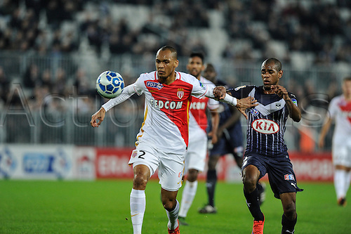 16.12.2015. Bordeaux, France. French League cup football from the Stade Chaban-Delmas. Bordeaux versus Monaco.  fabio Tavares (asm) gets past Diego Rolan (gir)