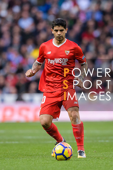 Ever Banega of Sevilla FC in action during La Liga 2017-18 match between Real Madrid and Sevilla FC at Santiago Bernabeu Stadium on 09 December 2017 in Madrid, Spain. Photo by Diego Souto / Power Sport Images