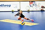 Impressionen des Rote Raben Vilsbiburg - Dresdner SC.<br /> <br /> Foto © PIX-Sportfotos *** Foto ist honorarpflichtig! *** Auf Anfrage in hoeherer Qualitaet/Aufloesung. Belegexemplar erbeten. Veroeffentlichung ausschliesslich fuer journalistisch-publizistische Zwecke. For editorial use only.