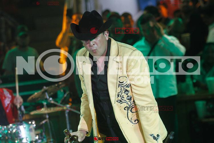 Flaco Elizalde se presento en el palenque de la Expogan2014. 3 Mayo 2014