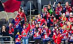 Stockholm 2015-03-13 Bandy SM-final herrar Sandvikens AIK - V&auml;ster&aring;s SK :  <br /> Karebys supportrar p&aring; l&auml;ktaren p&aring; Tele2 Arena under matchen mellan Sandvikens AIK och V&auml;ster&aring;s SK <br /> (Foto: Kenta J&ouml;nsson)<br /> Nyckelord:  SM SM-final final Bandyfinal Bandyfinalen Dam Damer Dambandy AIK Kareby IS supporter fans publik supporters jubel gl&auml;dje lycka glad happy
