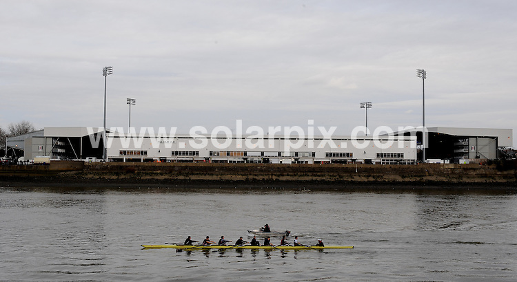 **ALL ROUND PICTURES FROM SOLARPIX.COM**.**WORLDWIDE SYNDICATION RIGHTS**.A rowing crew go past Cavran Cottage the home of Fulham Football Club, London, UK. 24 July 2009 ..This pic: Cavran Cottage..JOB REF: 9679 DBL     DATE: 24_07_2009.**MUST CREDIT SOLARPIX.COM OR DOUBLE FEE WILL BE CHARGED**.**MUST NOTIFY SOLARPIX OF ONLINE USAGE**.**CALL US ON: +34 952 811 768 or LOW RATE FROM UK 0844 617 7637**
