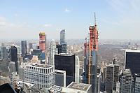 Neue Wolkenkratzer am Central Park im Bau - 11.04.2018: Sightseeing in New York