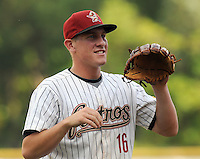 August 2, 2009: Infielder Jonathan Meyer (16) of the Greeneville Astros, 2009 third round draft pick of the Houston Astros, before a game at Pioneer Park in Greeneville, Tenn. Photo by: Tom Priddy/Four Seam Images