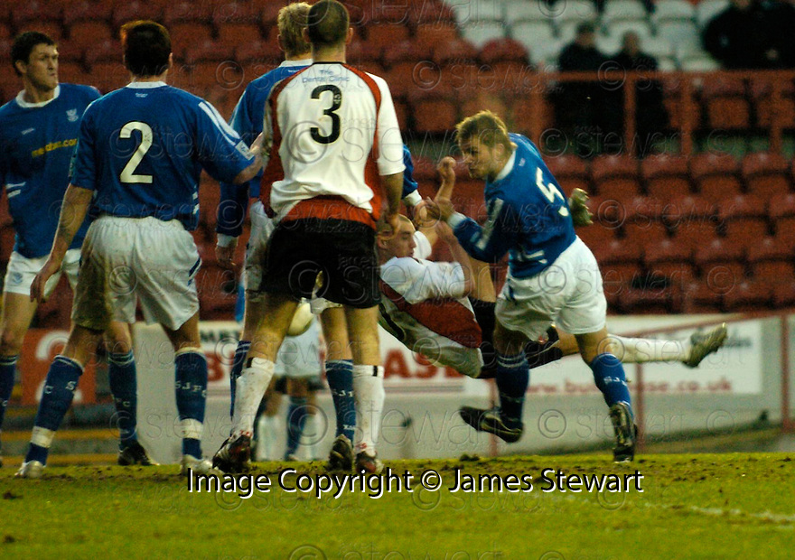 14/01/2006         Copyright Pic: James Stewart.File Name : sct_jspa05_clyde_v_stjohnstone.THOMAS BRIGHTON SCORES CLYDE'S SECOND TO SET UP AN EXCITING FINISH.......Payments to :.James Stewart Photo Agency 19 Carronlea Drive, Falkirk. FK2 8DN      Vat Reg No. 607 6932 25.Office     : +44 (0)1324 570906     .Mobile   : +44 (0)7721 416997.Fax         : +44 (0)1324 570906.E-mail  :  jim@jspa.co.uk.If you require further information then contact Jim Stewart on any of the numbers above.........