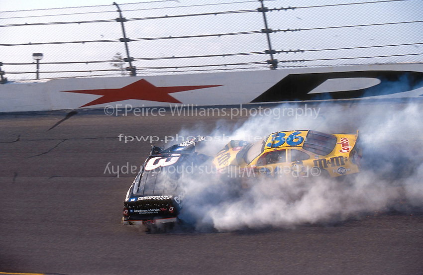 Dale Earnhardt Crash Frame 4.NASCAR Winston Cup Daytona 500 18 Feb.2001 Daytona International Speedway, Daytona Beach,Florida,USA .© F. Peirce Williams .photography 2001...F.Peirce Williams Photography.P.Box 455 Eaton, OH 45320.317.358.7326  fpwp@mac.com