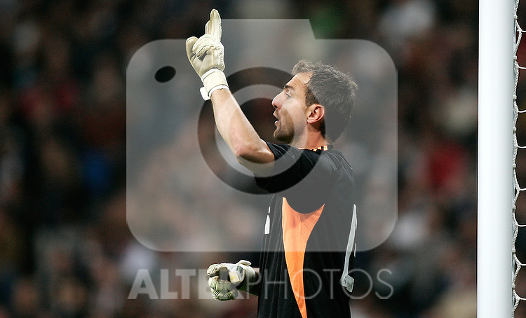 Real Madrid's Jerzy Dudek during King's Cup match. November 10, 2009. (ALTERPHOTOS/Alvaro Hernandez).