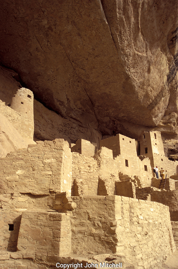 Anazsazi cliff dwellings at Cliff Palace, Mesa Verde National Park, Colorado, U.S.A.
