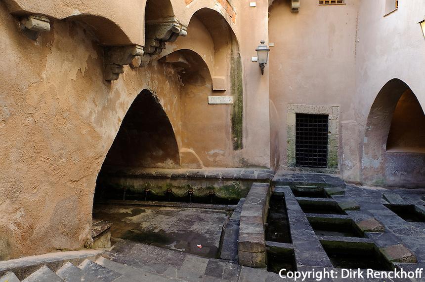 arabisches Waschhaus Lavatoio  in Cefalu, Sizilien, Italien