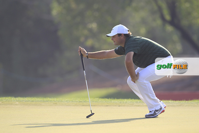Patrick Reed (USA) on the 15th green during the final round of the DP World Tour Championship, Jumeirah Golf Estates, Dubai, United Arab Emirates. 18/11/2018<br /> Picture: Golffile | Fran Caffrey<br /> <br /> <br /> All photo usage must carry mandatory copyright credit (© Golffile | Fran Caffrey)