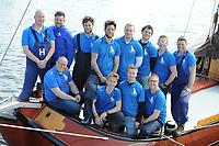ZEILEN: TERHERNE: 02-04-2017, Skûtsje Gerben van Manen Heerenveen bemanning en schipper Sytze Brouwer,©foto Martin de Jong