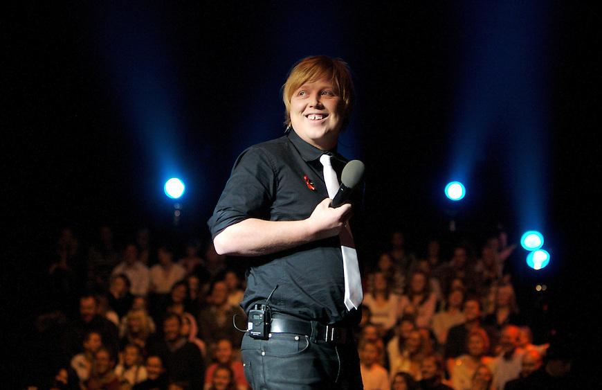 Hellerudsletta, 20071201. Idol gir tilbake, show for a? skaffe faddere til Plan. Foto: Eirik Helland Urke / Dagbladet